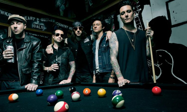 Avenged Sevenfold 2014 001 (facebook oficial)