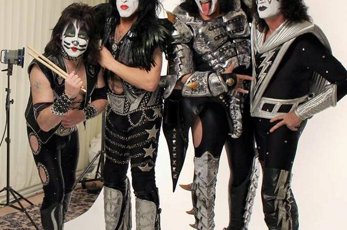 161kiss toc211 sin maquillaje � search amp destroy