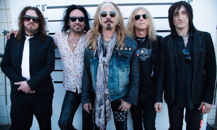 The Dead Daisies 2015 001 (facebook oficial)